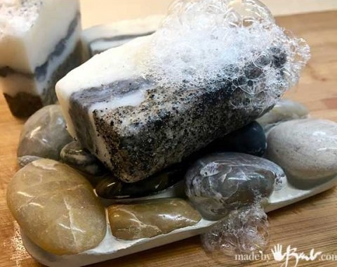 easy-rock-soap-dish-madebybarb-feature-500x900